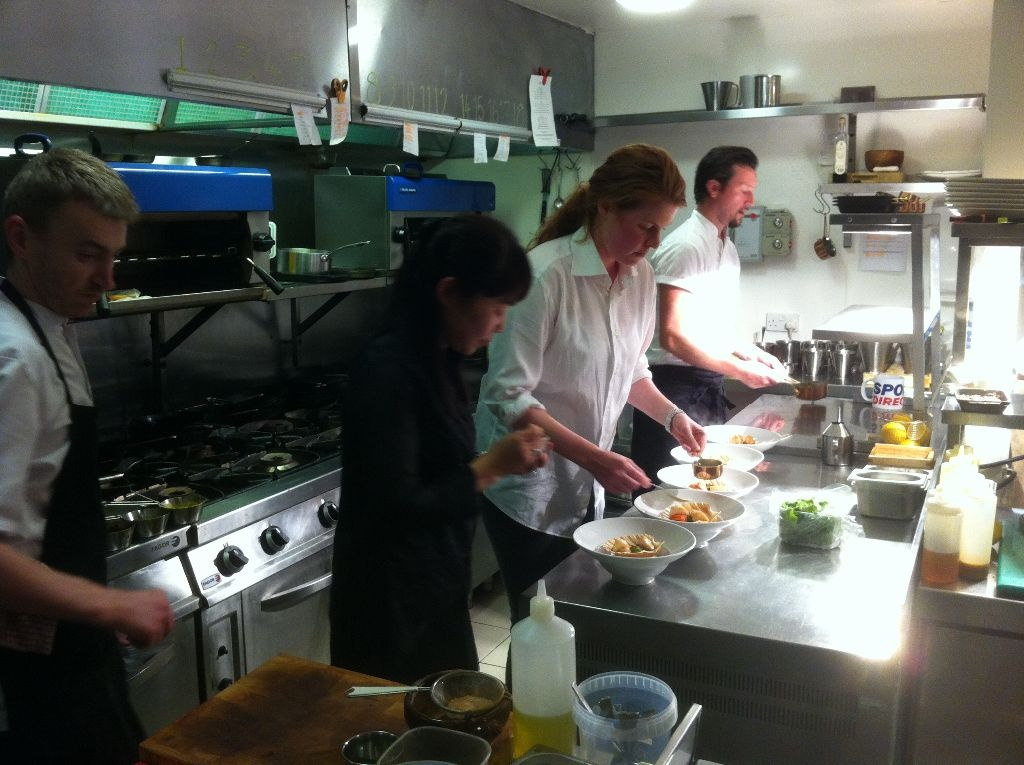 sandra in küche