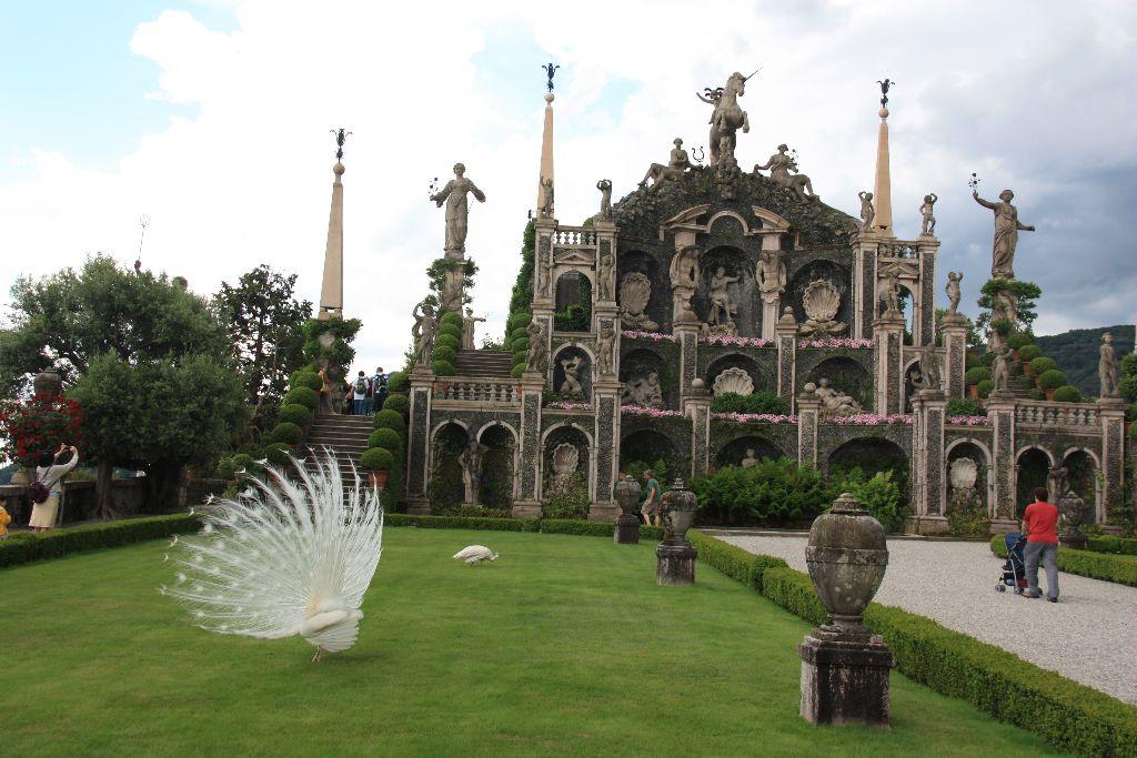 Garten des Palazzo Boromeo auf der Isola Bella