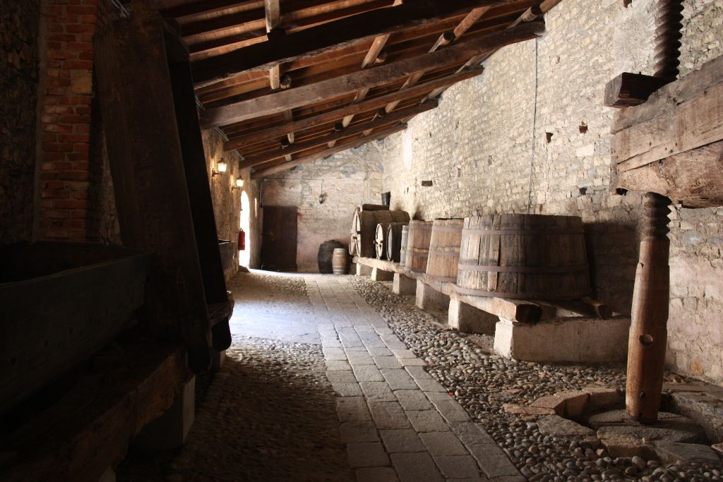 Weinpresse - Rocca Boromeo - Schöner Blog(t)