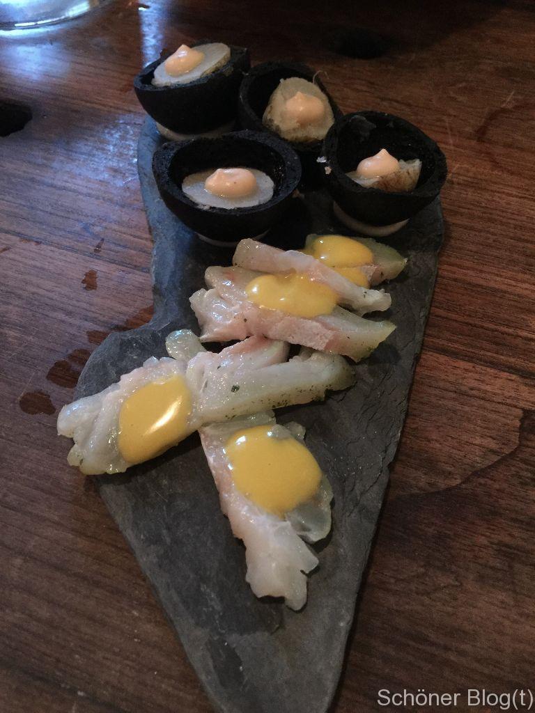 Kiefer geräucherter Heilbut & Krabben Mayo, in Asche gebackene Rübe & Apfelbutter